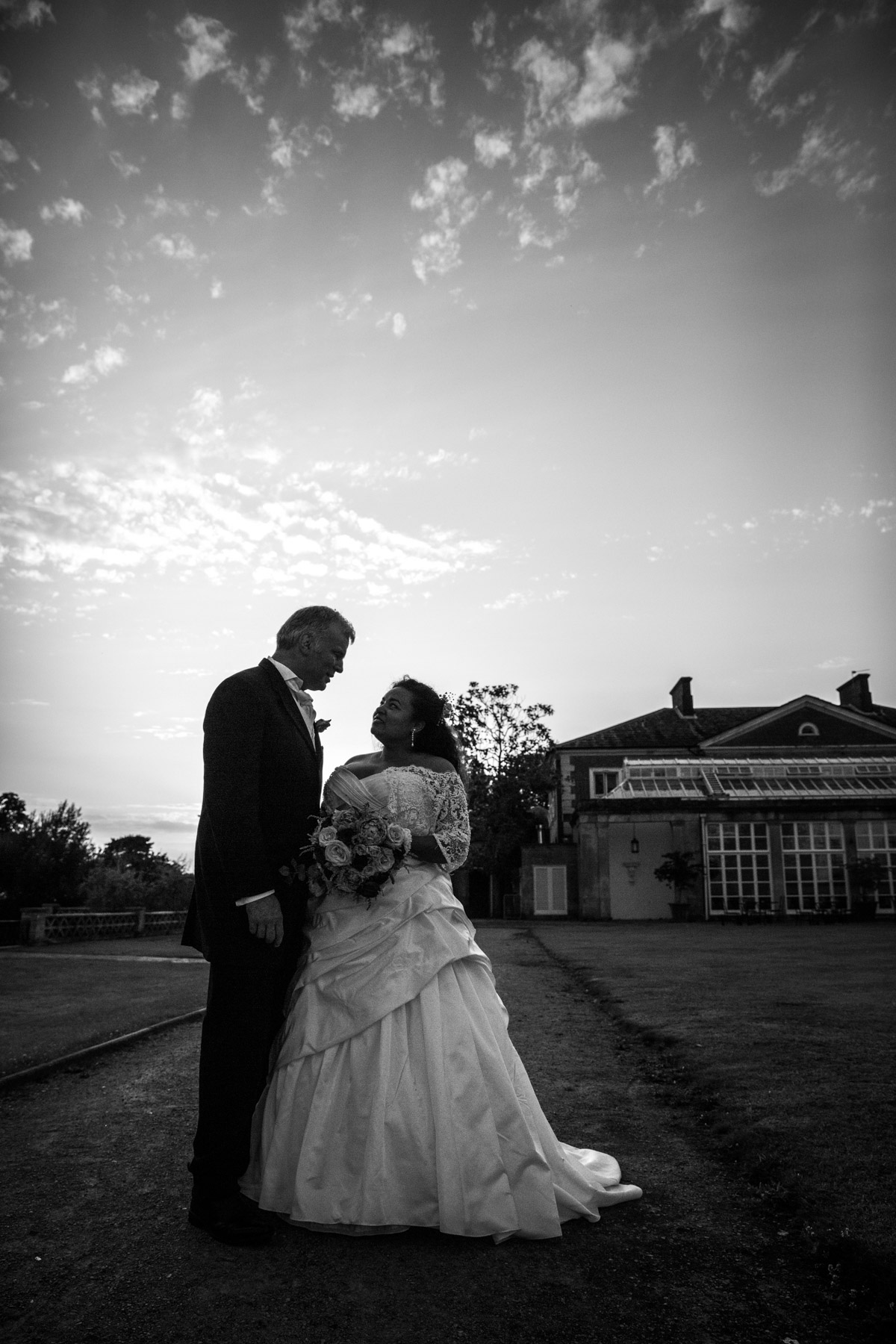 Buxted Park Stunning Wedding Photography