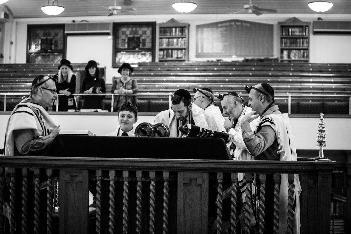 Woodside Park Synagogue London Bar Mitzvah Photography - Sam Redland