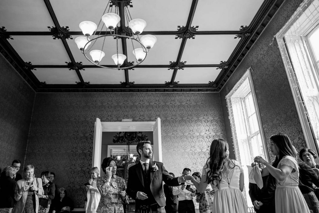 Nonsuch Mansion Surrey Wedding Photographer - Ka Lai and Alex's Chinese Wedding
